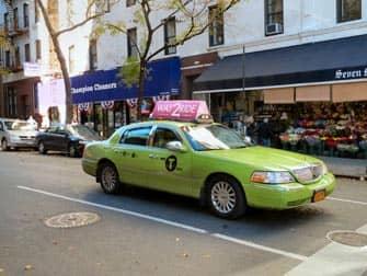 Limen-vihreita takseja New Yorkin kaduilla