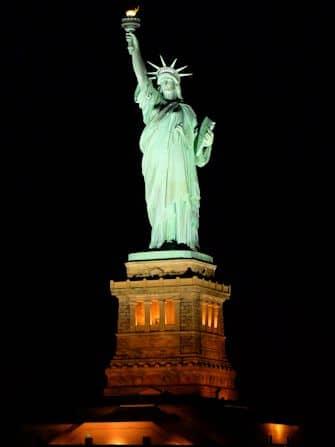 New York -illallisristeily - Vapaudenpatsas