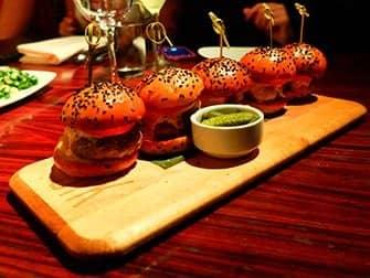 Parhaat hampurilaiset New Yorkissa - STK Sliders