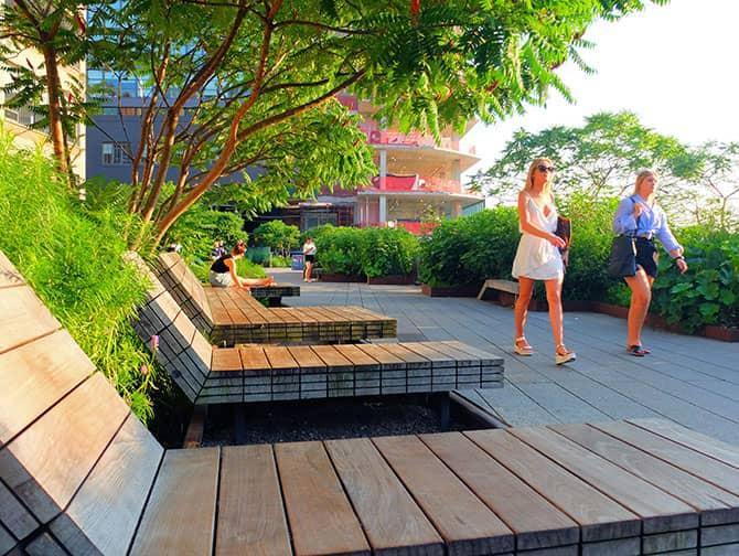 Puistot New Yorkissa - High Line Park kesällä