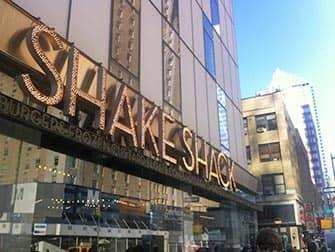 Parhaat hampurilaiset New Yorkissa - Shake Shack