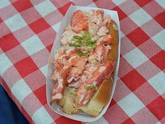 Torit New Yorkissa - Lobster Roll Smorgasburgissa