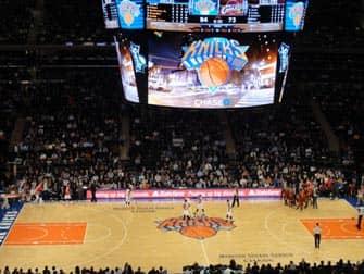 New York Knicks -liput - ottelu Madison Square Gardenissa