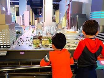 Mitä tehdä lasten kanssa New Yorkissa - Gullivers Gate
