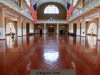 Ellis Island New Yorkissa - Registry Room