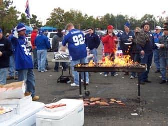 New York Giants -liput - grillaamassa ennen ottelua