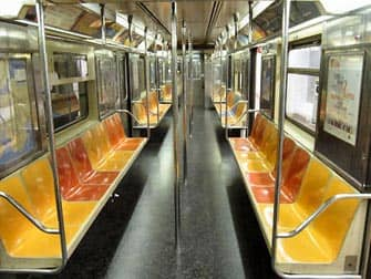 New Yorkin metro sisalta