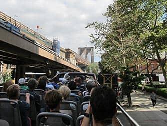 CitySights Hop on Hop off -bussit New Yorkissa- Brooklyn Bridge