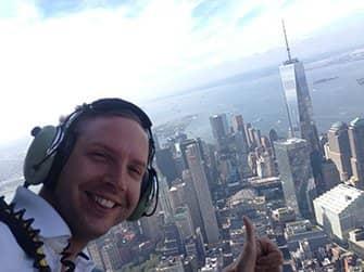 Helikopterilento ilman ovia New Yorkissa - Selfie