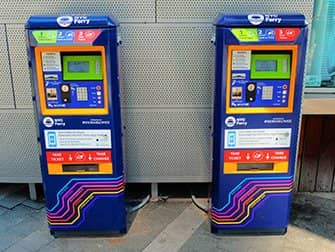 NYC Ferry New Yorkissa - lippuautomaatit