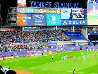 New York pienellä budjetilla - Jalkapalloa